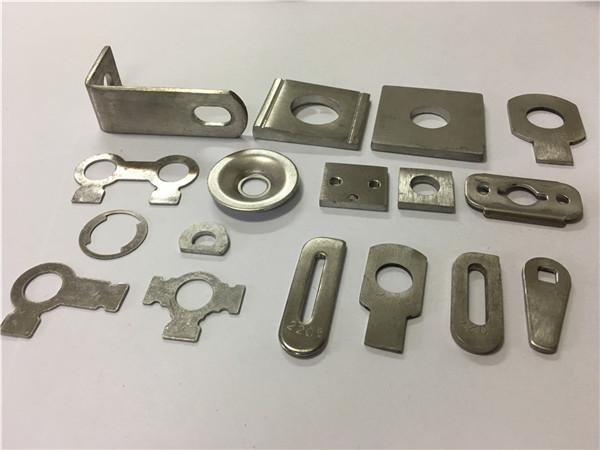 Pieza de estampado de metal de acero inoxidable a2-70 ss304