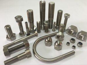 sujetadores de acero aleado del mejor fabricante