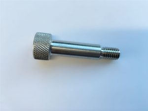 casquillo de cabeza hexagonal de casquillo personalizado tornillo de hombro de acero inoxidable 18-8